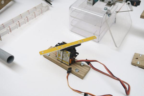 drone_servo_rotation_mechanism